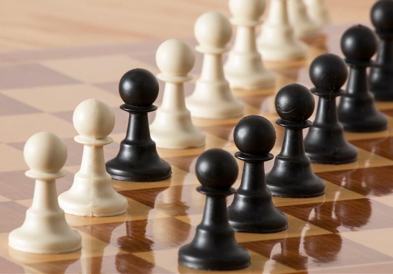Bild:Schachbrett mit Schachfiguren